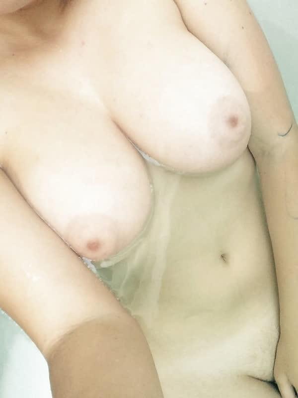 garota-loirinha-bem-safadona-31