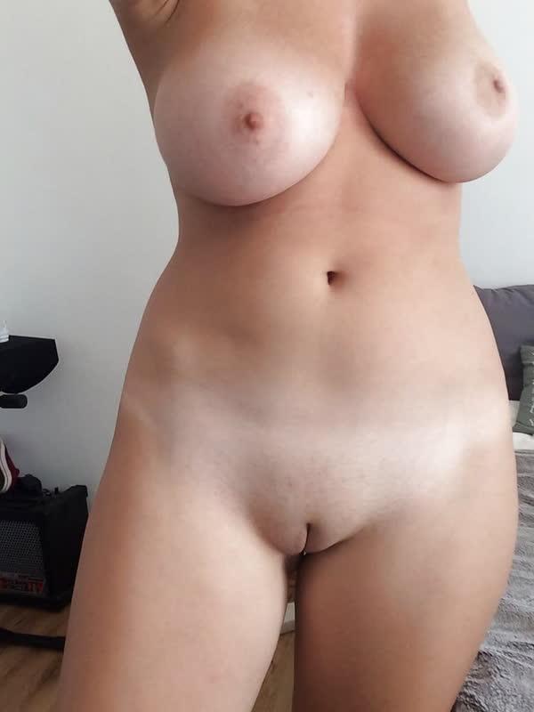 garota-loirinha-bem-safadona-46