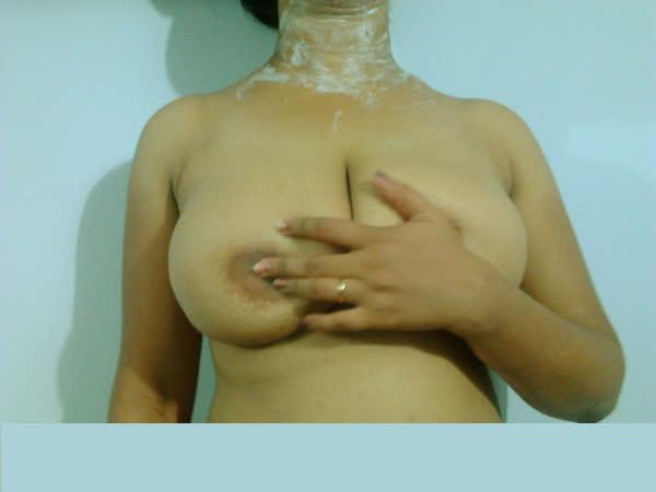 indiana-mostrando-seus-peitoes-naturais-19