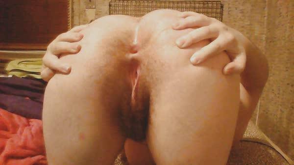 amadora-peludona-se-mostrando-pelada-11