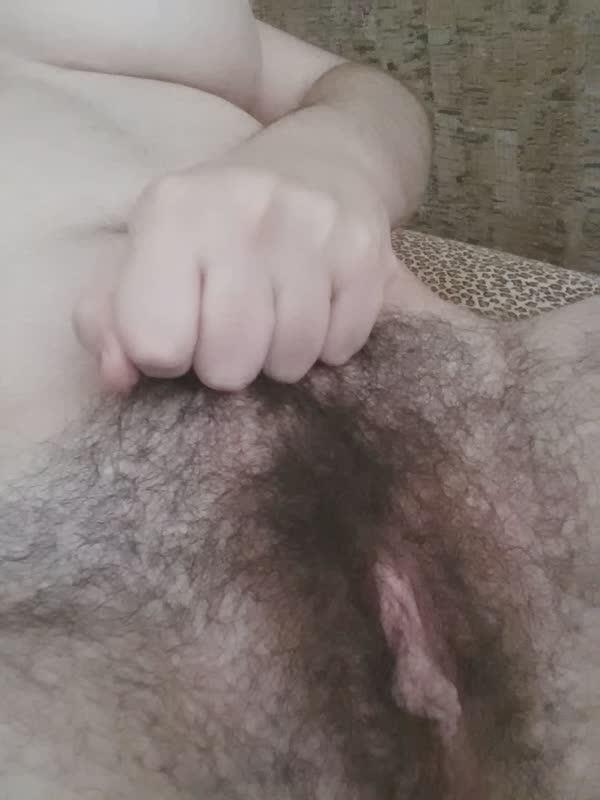amadora-peludona-se-mostrando-pelada-3