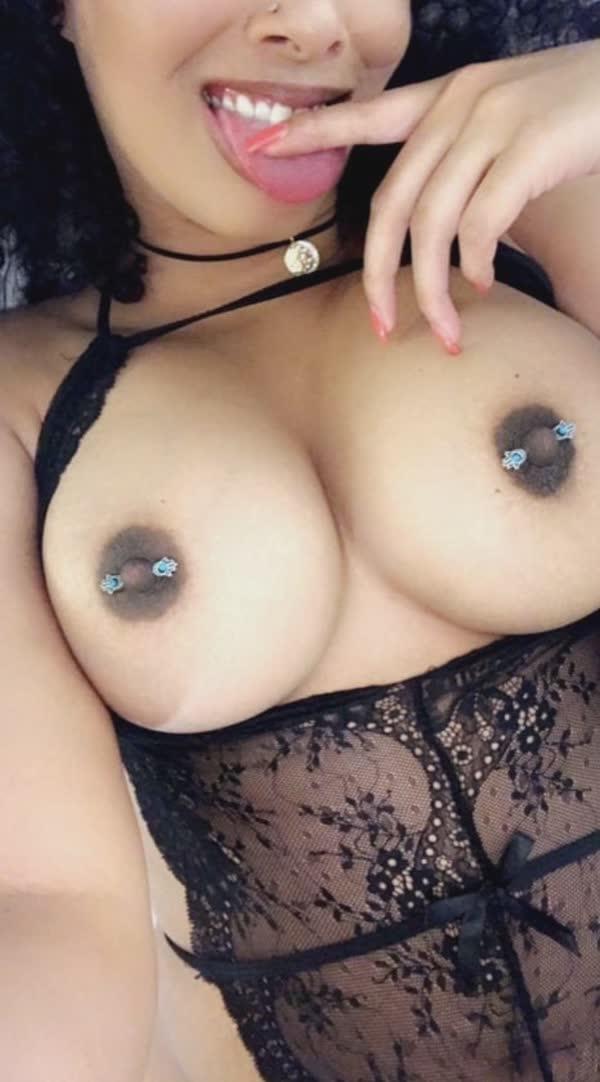 imagens-caseiras-com-peitos-de-negras-gostosas-11