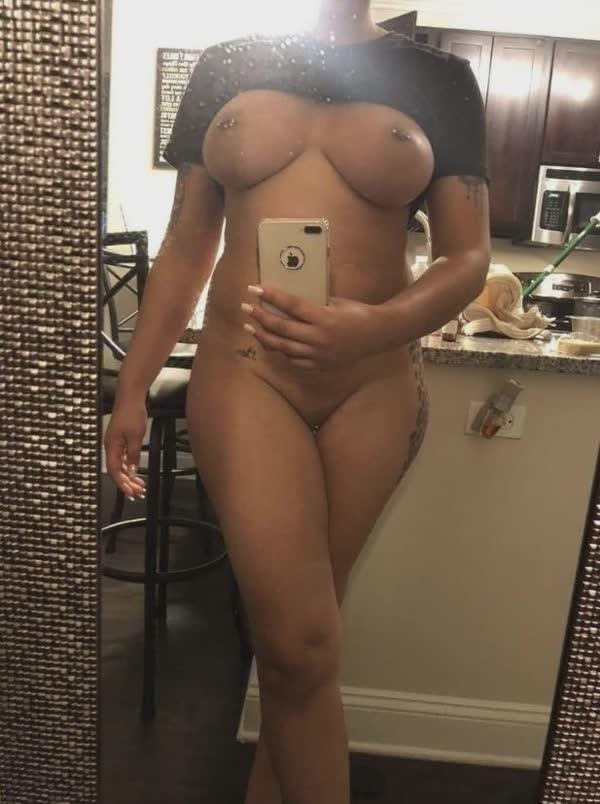 imagens-caseiras-com-peitos-de-negras-gostosas-17
