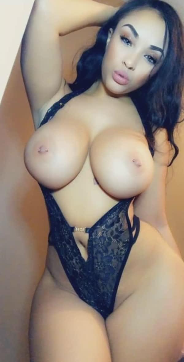 imagens-caseiras-com-peitos-de-negras-gostosas-55