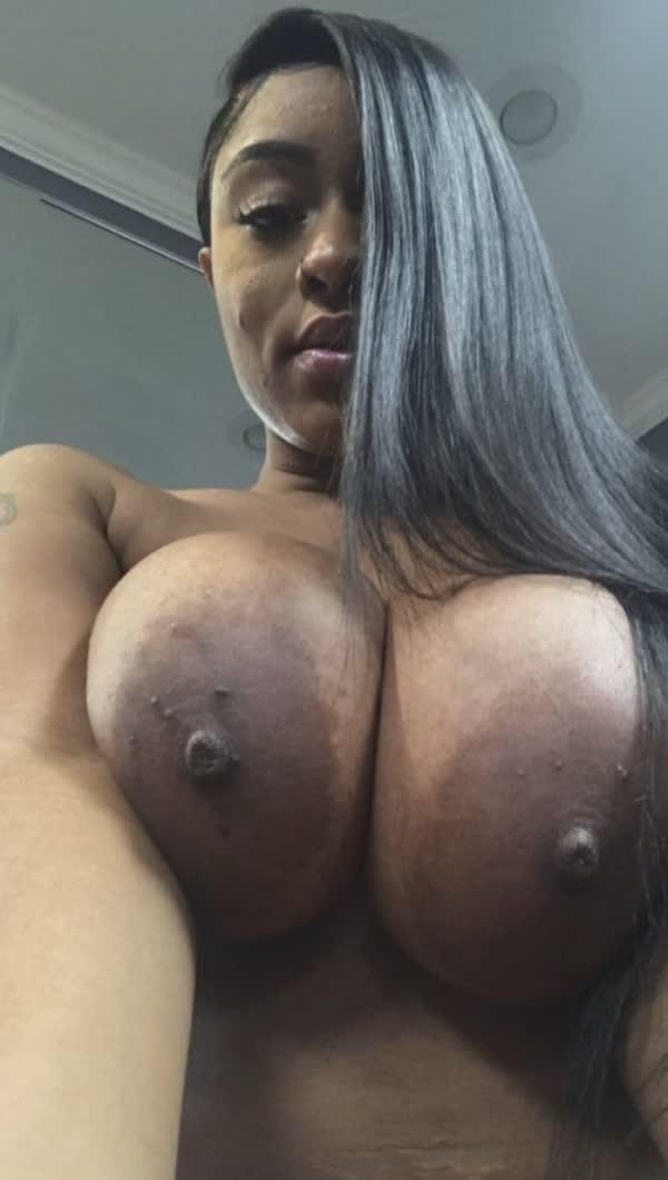 imagens-caseiras-com-peitos-de-negras-gostosas-81