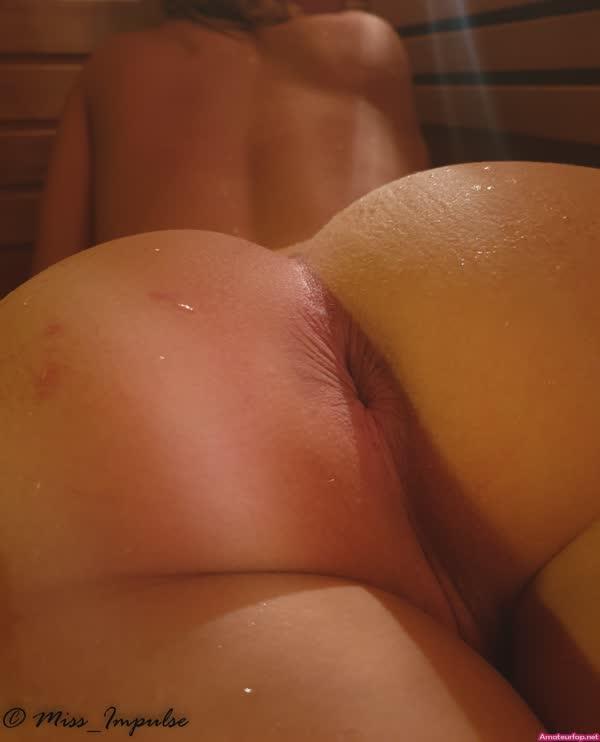 loira-mostrando-suas-belas-curvas-pelada-7
