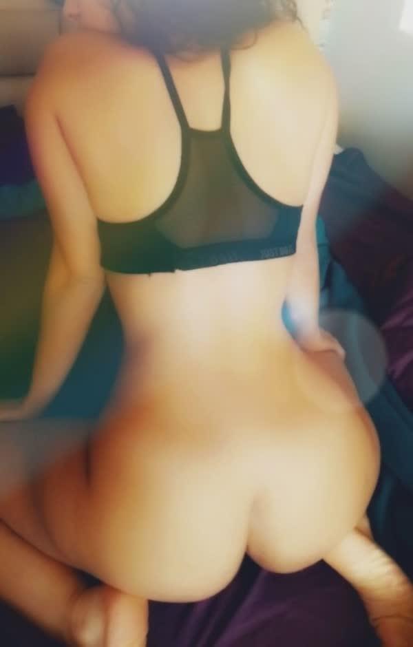 morena-faz-poses-sensual-5