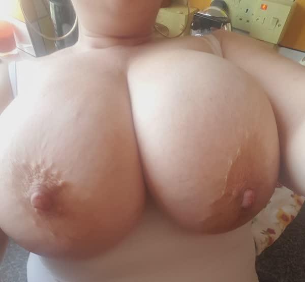 selecao-com-fotos-amadoras-de-peitos-15