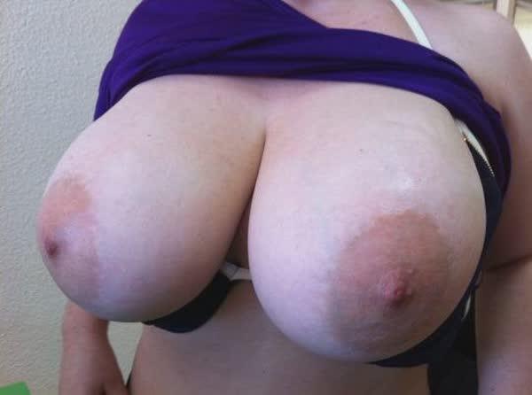selecao-com-fotos-amadoras-de-peitos-44