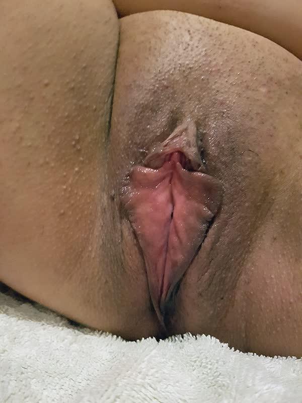 gorda-quente-mostrando-a-buceta-5