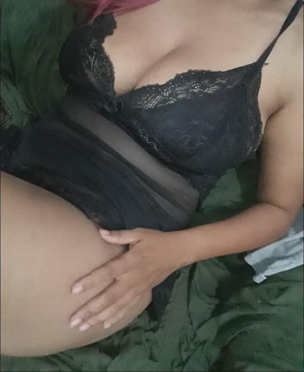 carioca-se-exibindo-em-fotos-porno-5