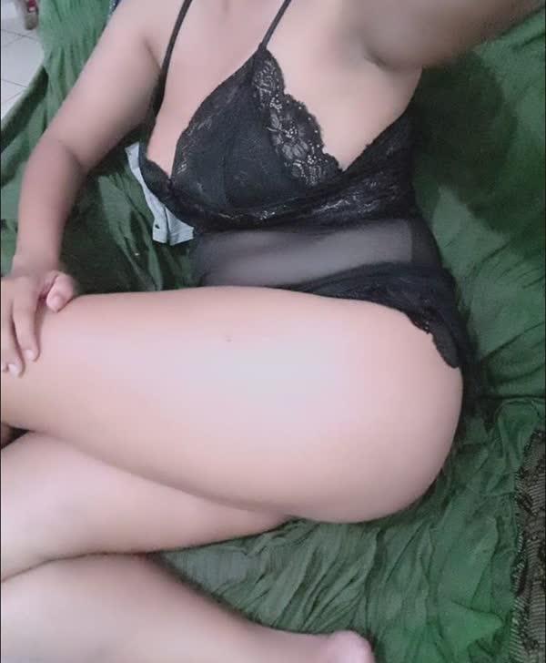 carioca-se-exibindo-em-fotos-porno-6