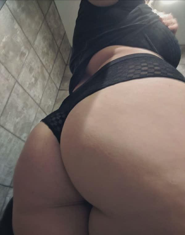tetuda-amadora-em-fotos-porno-23