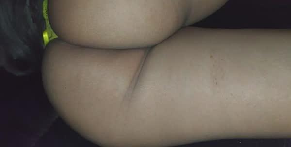 linda-morena-empinando-o-rabetao-5