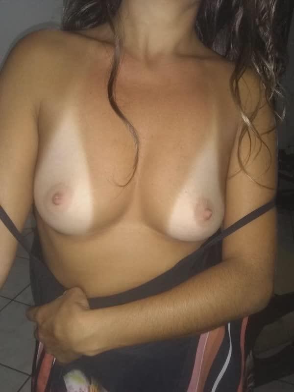 esposa-tesuda-posando-sensual-6